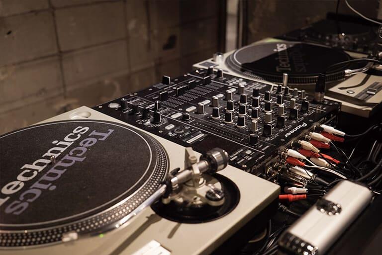 DJ機材一式